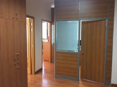 Achrafieh Office $1,200,000